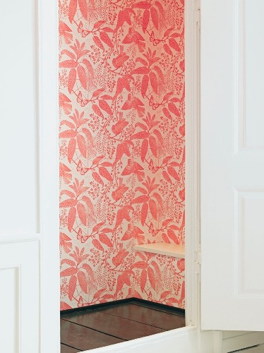 Source: Style Life Home I am in love with this wallpaper. If anyone can tell me where to get it I would be eternally grateful! Check it out in situ at The Apartment. I discovered this little gem of a company recently and will be watching them closely. They are Awesome!