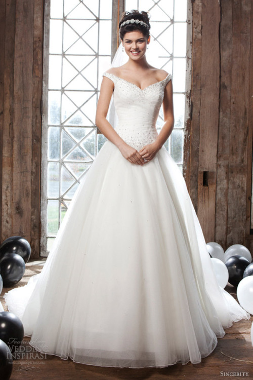 http://www.weddinginspirasi.com/2012/08/24/sincerity-bridal-2013-wedding-dresses/