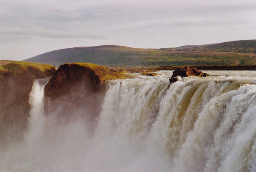Goðafoss by Aber es war. on Flickr.