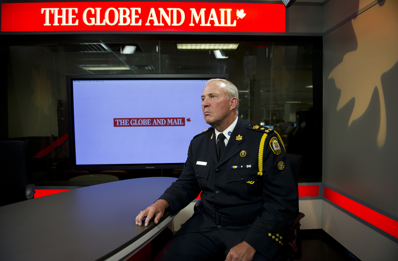 Toronto Police Chief Bill Blair attends an editorial board meeting at the Globe and Mail to discuss the recent spate of gun crime in the city, July 31, 2012.  (Galit Rodan/The Globe and Mail) link:  http://www.theglobeandmail.com/news/toronto/police-alone-cant-stop-gangs-toronto-chief-bill-blair-says/article4453547/
