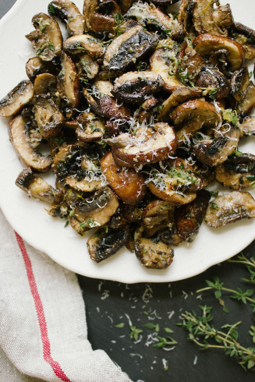 obliteratedheart:  Baked Lemon and Thyme Mushrooms Recipe
