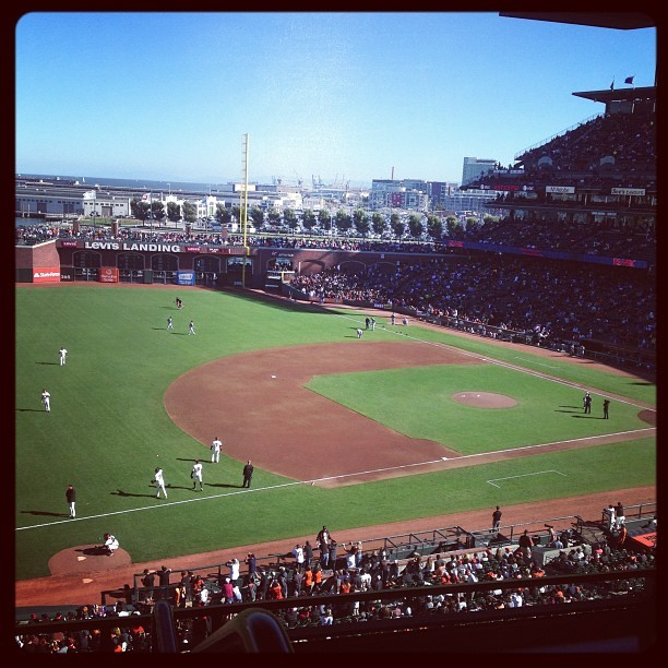 Sunday night baseball. #goBraves (Taken with Instagram at AT&T Park)