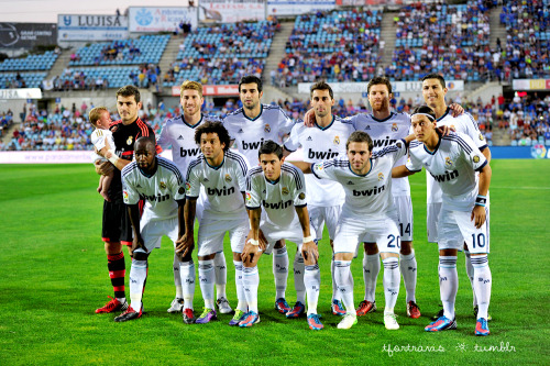 26/08/2012 Getafe vs Real Madrid  Starting XI and Iker is holding a crying baby