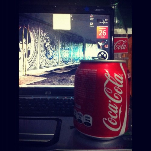 Baby #coke #awesome #tiny and also dady #coke :D #cocacola #obey #laptop #home  (Taken with Instagram)