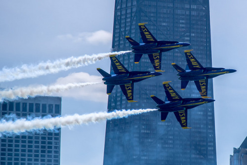 richjudd:  Blue Angels buzzing Chicago on Flickr.