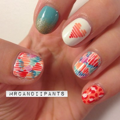 "mrcandiipants:  Love love love these nails. The overlapping lines is one of my new favorite designs, and I think it'll transition super nicely into more ""fally"" colors. Obsessed! #nailart #nails #heart #gradient (Taken with Instagram)"
