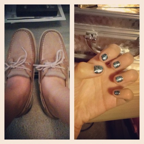 Day 26 - something new. bought my #sperrys and did my #nails 😊💅 #shoes #photoadayaugust #augustphotoaday #picstitch (Taken with Instagram)