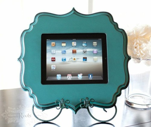 Creative way to hold your iPad (via Kimberly Costello / Pinterest)