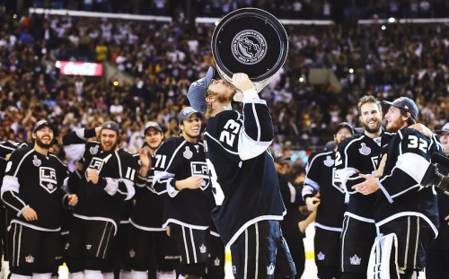 55/100 Photos of Los Angeles Kings (Past & Present)