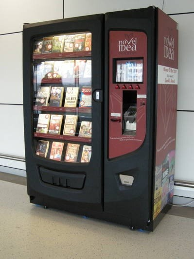 shadowhuntersunite:  kamigarcia:   Book Vending Machine   Oh, I wish there was something like this where I live.