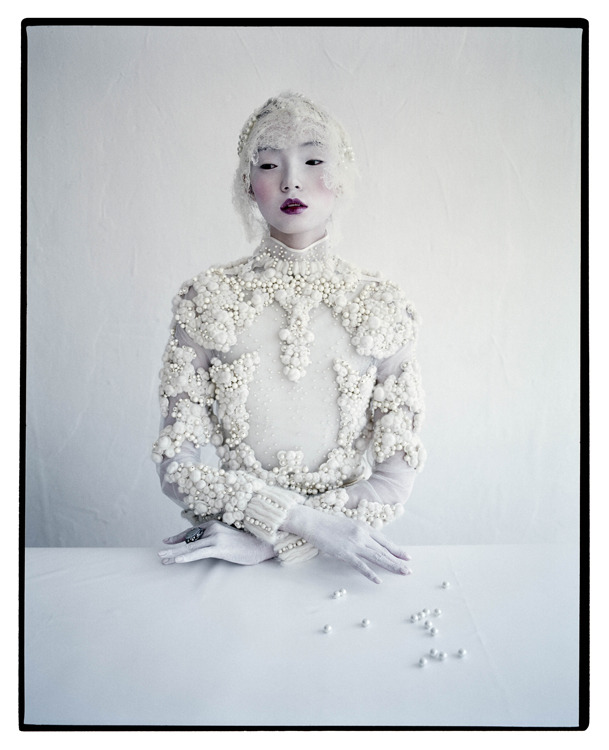 suicideblonde:  Xiao Wen photographed by Tim Walker