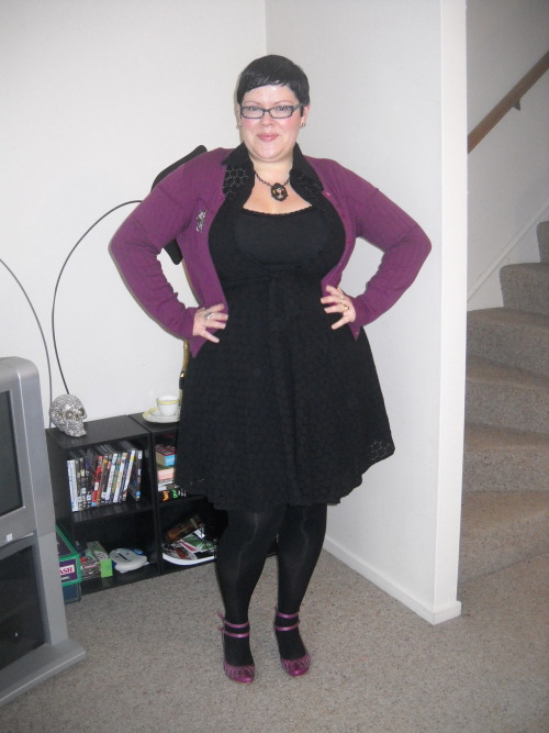 ilikeprettyclothes:  Today's outfit, the debut of my pretty new Fluevogs. Love them! Still need to stretch them out a bit across the top of my foot, but otherwise they are so comfy and lovely to look at. Sigh, Fluevogs. Maybe I could marry John Fluevog? Sam wouldn't mind, I'm sure of it. :) Also, holy crap, this is my 300th outfit post on I Like Pretty Clothes. Wow. I would feel excessive except that my blog is almost two years old (in September!) and there are a LOT of repeats in there. Take this outfit - other than the shoes, it's all been seen before. :) dress - Suzy Shier (aeons ago, it no longer buttons up over the girls, so this is a bit of a fat hack), cardigan - rescued from a community centre lost and found, cami - Shanton, tights - Walmart, shoes - FLUEVOG!!!, octopus brooch - Punakaiki, New Zealand, necklace - Pinup Girl Clothing, earrings - Pahia, New Zealand