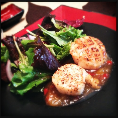 Cooked dinner for friends. First course: Seared scallops with mango-ginger chutney and salad tossed with raspberry vinaigrette. Loftus Lens, DC Film, No Flash, Taken with Hipstamatic