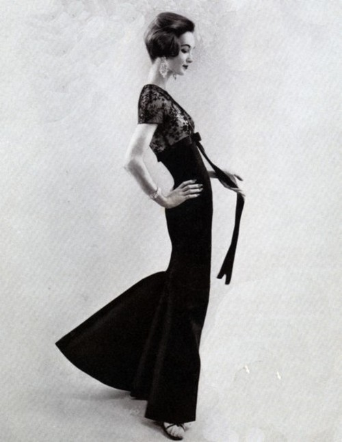 theniftyfifties:  Evelyn Tripp in evening wear for Vogue, 1950s.