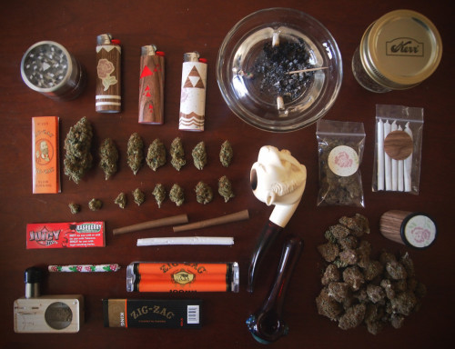 The Stoner Kit - Toss this in a case and you are set to Go!