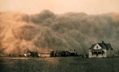 collective-history:  A dust storm approaches Stratford, Texas, in 1935.