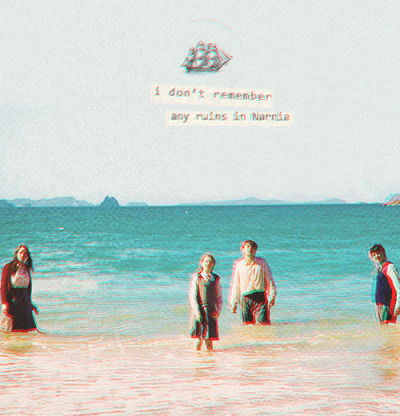 "fictionminded:  ""I don't remember any ruins in Narnia"""