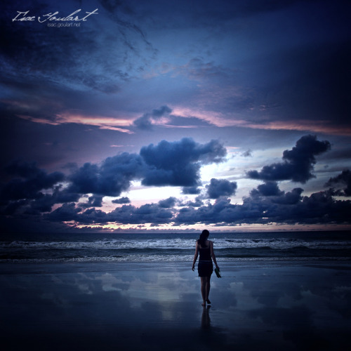 """Walk in the Light"" by Isac Goulart"