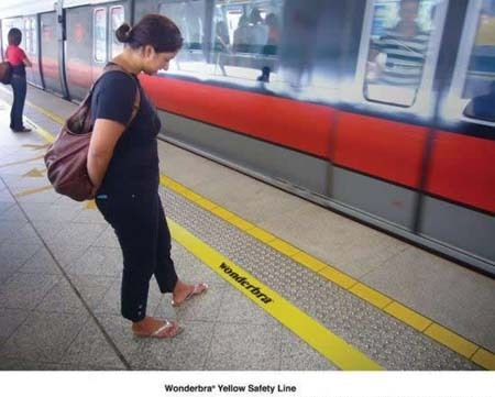 innovativeads:  Wonderbra: Safety Line by Unknown via JustCreative