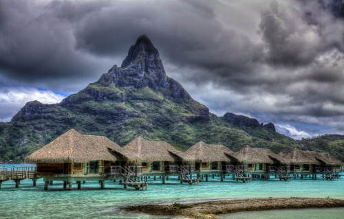 Bora Bora Clouds (by vgm8383)