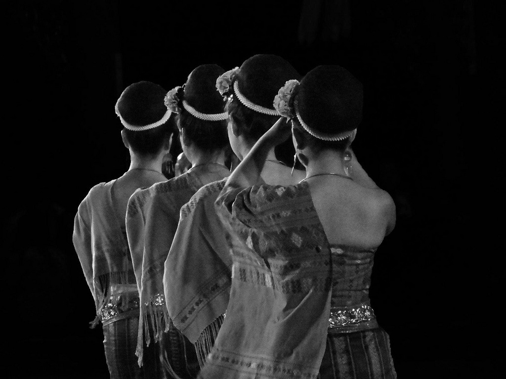 Dancers from the North (by Rekishi no Tabi) Chiang Mai, Thailand