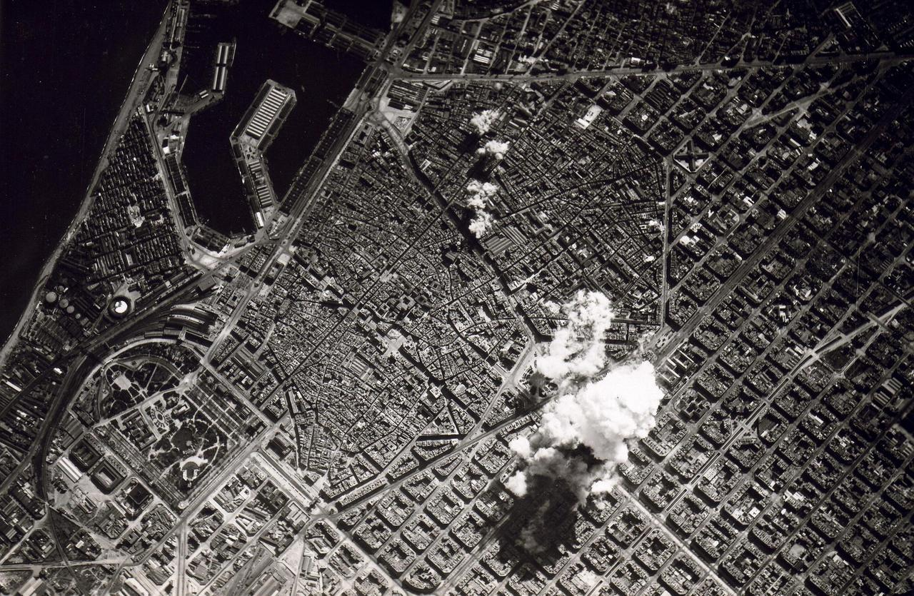 Aerial bombing of Barcelona in 1938 by the Italian air-force