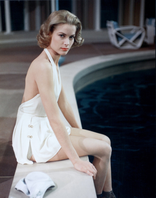 High Society stylelistsays:  Grace Kelly, 1950s
