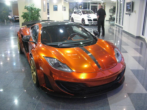 carpr0n:  Prestige in Dubai Starring: McLaren MP4-12C  (By deanborland)  new love