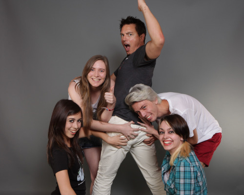 "dontstartlethewitch:  thehappyfolk:  This is from our photo op with John Barrowman at Fan Expo on Saturday :')  Basically, Danielle and Rebecca wanted him to do this pose whilst we all stood around him:  butt with John being John, he said ""alright, but if I'm doing this pose you're grabbing my ass"" and thus this photo was born. He also paused for a moment and went ""If you're gonna grab it, grab it."" so we got a good ol' handful of that booty. And afterwards he told us someone's hand was going up his crack, and told my friend Stephen to sniff his fingers because, and I quote, ""it smells like lemon drops"".  John Barrowman = greatest guy ever  actual favorite human being john barrowman"