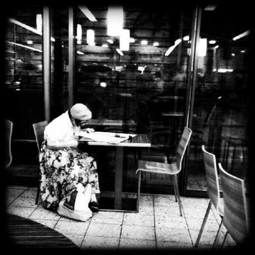 the reader #street #people (Taken with Instagram)