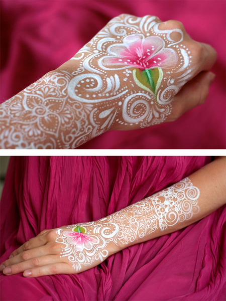 Gorgeous Henna/lace inspired hand body paint by Elizaveta A.!