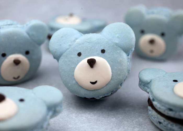 mydarlingrainbow:  Bear macarons<3<3<3