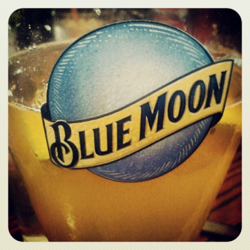 #beer #bluemoon #lunch  (Taken with Instagram)
