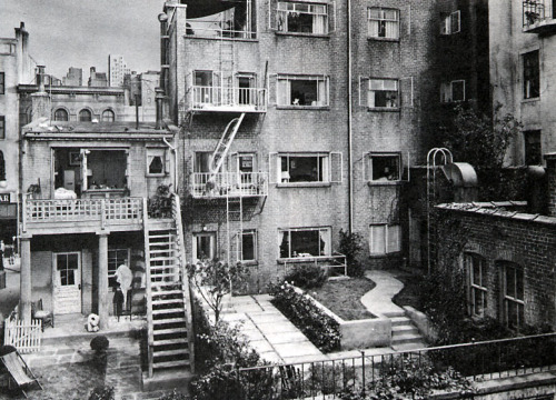 The fantastic set of Rear Window (dir. Alfred Hitchcock, 1954)