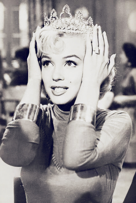 the-beautiful-peoplex:  Princess Marilyn Monroe. :)