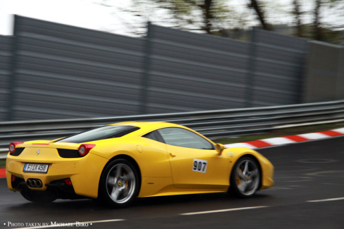 Taking off Starring: Ferrari 458 Italia (by Michaelangelo10.)