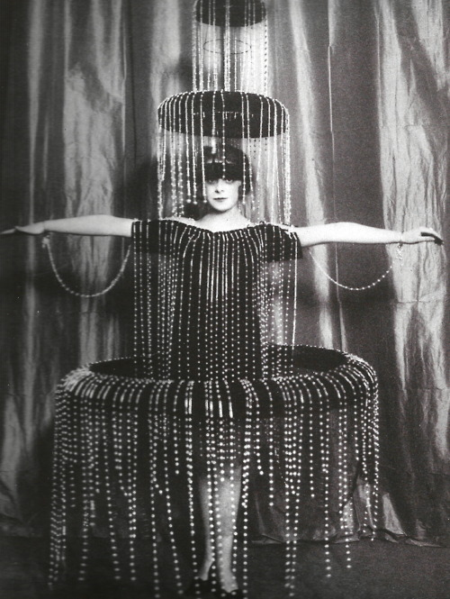 inneroptics:  designed by paul poiret-early 1900