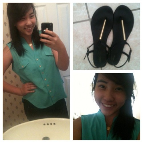 Day 27 - ootd. First day of senior year!  #Mint button up from #Sirens and dark skinnies and black&gold sandals from #Target :) #photoadayaugust #augustphotoaday #Canada #school #ootd #picstitch #nofilter  (Taken with Instagram)