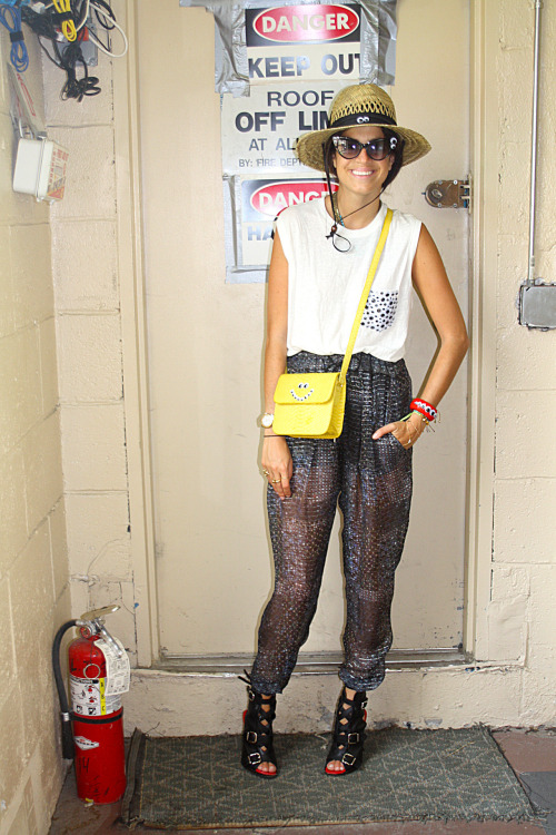 DIY Inspiration: Googly Eyes on The Man Repeller here. Can you spot them all (and if you read The Man Repeller you know this is not a serious photo)? Still not sure if she likes them or hates them, but I like the shirt she's wearing with the googly eyes you can fabric glue to your tee shirt pocket. For more googly eyes crafts go here: truebluemeandyou.tumblr.com/tagged/googly-eyes