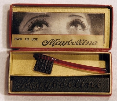 nocturnalelite:  rosy-bones:  b0mbshell101:   Mascara, 1917  i follow back(:  This is too cool to not reblog.  oh my darling my grandmother has this still