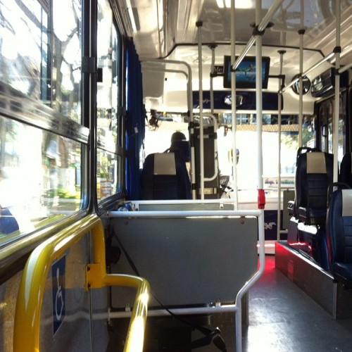 Mañana en el 152 #take #me #152 #bus (Taken with Instagram)