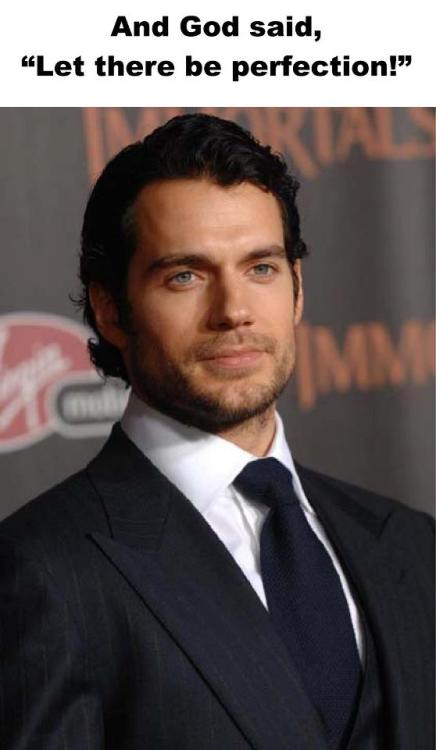 curvesforcavill:  Love this picture/quote combo created by my friend Suzanne Wolf!! (Picture from Immortals premiere in late 2011) -CFC/Lisa  Hey Suzanne, hey Lisa!! Luv you guys!! <3 Keep'em cumming!! Ooops, coming. That is: not the fans, the pics, damn.