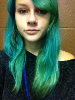 aurora-mystique:  New hurrr :)