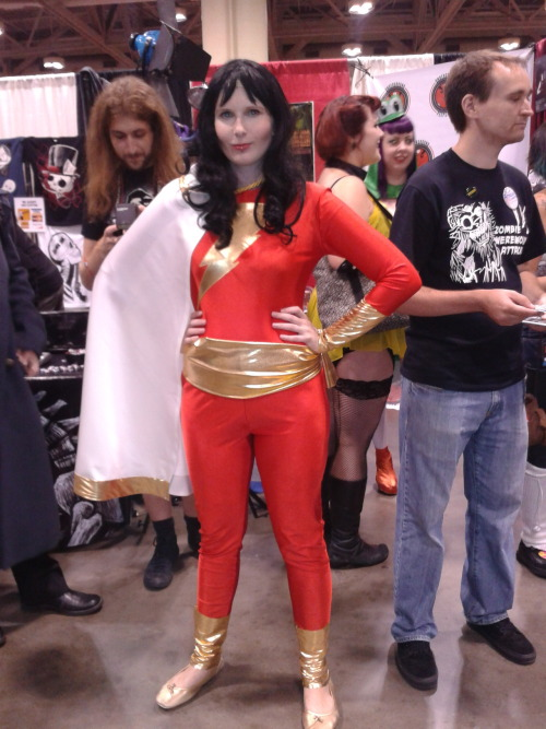 drivenbats:  Rule 63 Shazam at Fan Expo 2012