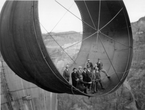 jdeeringdavis:  Amazing photos of the Hoover Dam under construction