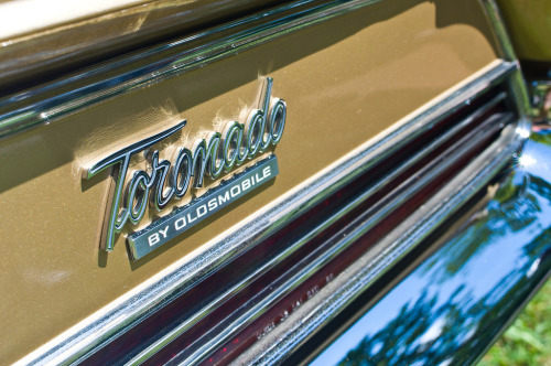 1966 Oldsmobile Toronado (by GmanViz)