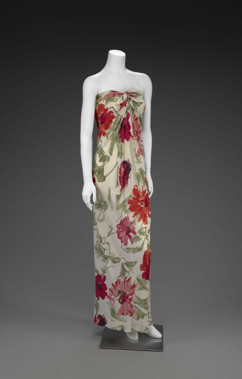 Evening Dress Halston, 1977 The Indianapolis Museum of Art