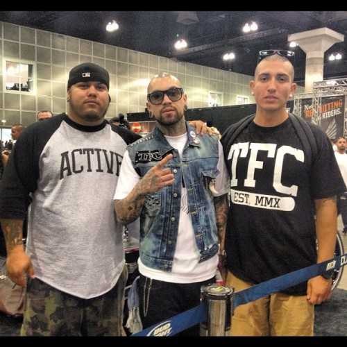 💡Lampin at the #DubShow with the homie @hi_tone & @robertfranco86 #TFC X #LocalGold …..coming sooner than you think. .  (Taken with Instagram)