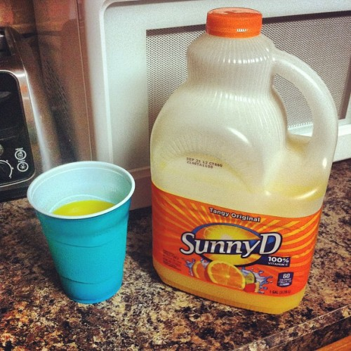 If making sweet beautiful love to a drink was possible… #sunnyd #drinkporn #getinmybelly #yummm  (Taken with Instagram)