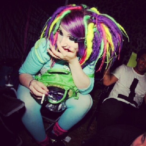 #girl #glitter #neon #alternative #dreads #purple #party #cyberdog #color #colorful #colors #cyber #festival #emmabodafestivalen #pink  (Taken with Instagram)